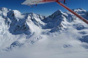 アオラキ・マウントクック国立公園の遊覧飛行
